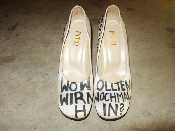 Wo wollten wir nochmal hin? artwork by Nina Ansari